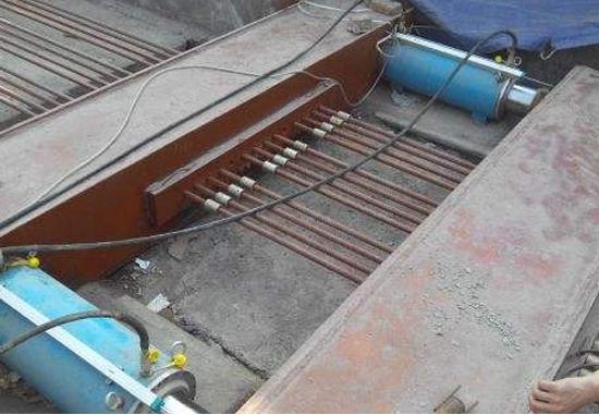 四平梨树县维护四平绕城高速使用了智能张拉设备