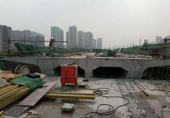 中铁上海局使用我公司的智能压浆设备